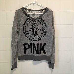 PInk sweatshirt with velvet graphics